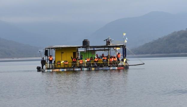 Peregrinación Itinerante por los diques (13)