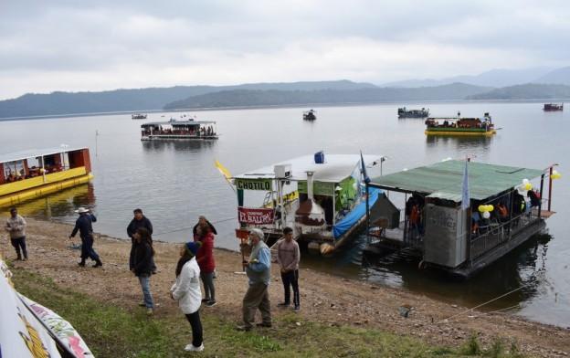 Peregrinación Itinerante por los diques (2)