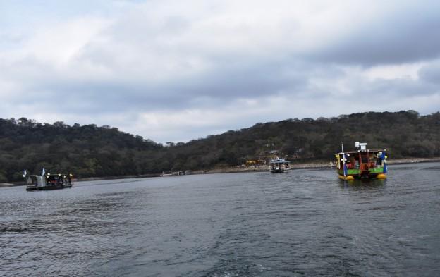 Peregrinación Itinerante por los diques (23)