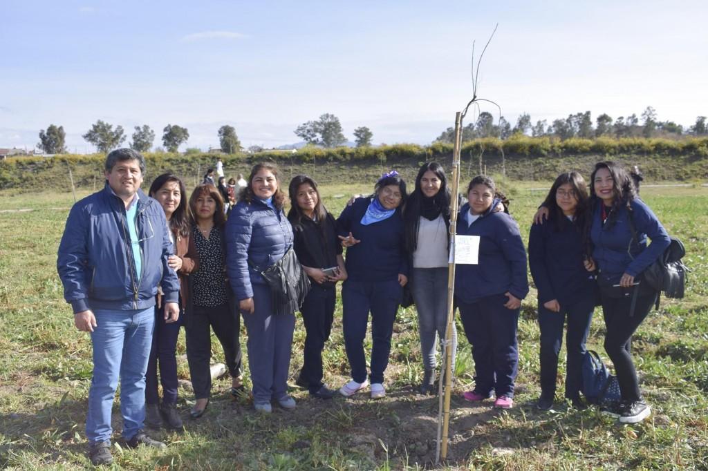 Plantación de árboles por Día Internacional de la Paz1