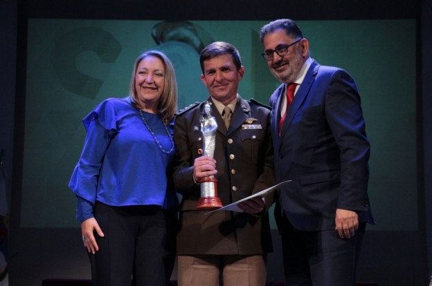 Premios San Salvador (2)