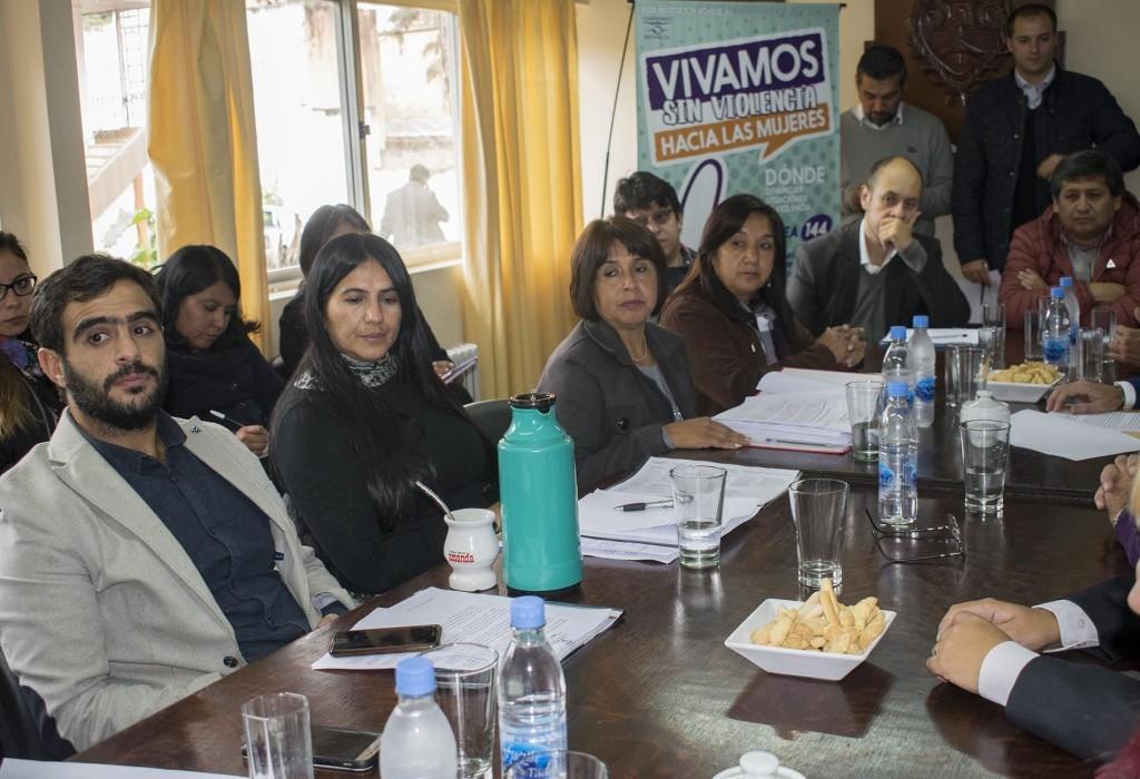 Reunión con representantes de instituciones educativas2