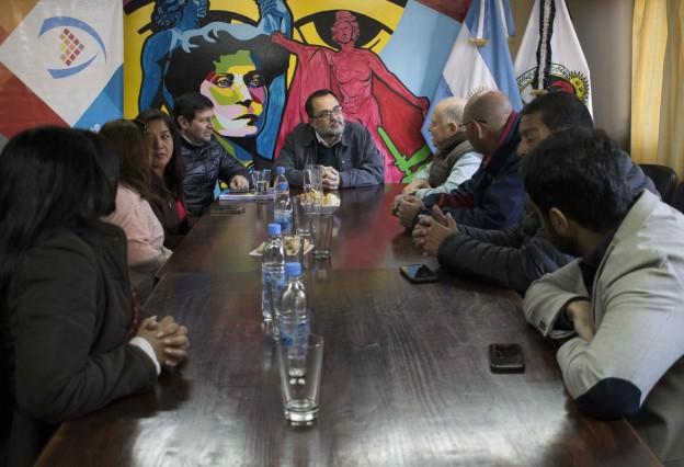Reunión con vecinalistas de Córdoba1