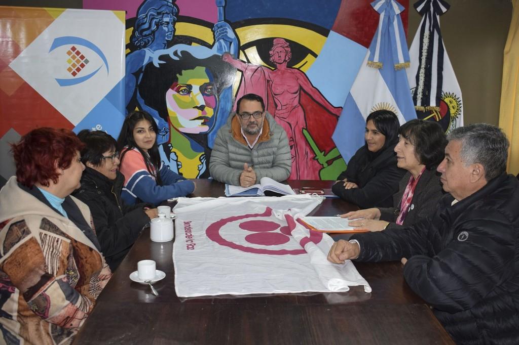 Reunión por Monumento de la Paz1