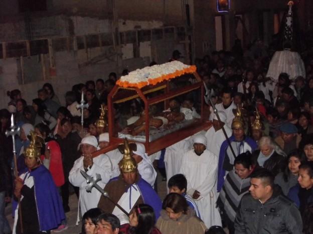 Vía Crucis por las calles de Tilcara – ermita (5)