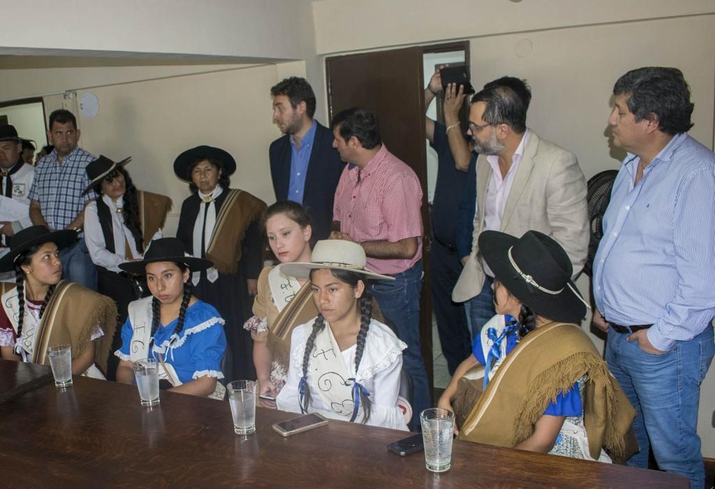 Visita de candidatas a Paisana Provincial2