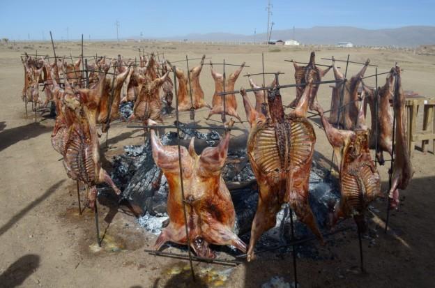 corderos donados por la CODEPO almuerzo comunitario