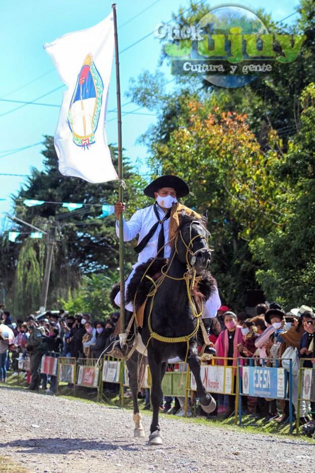 desfile-BICENTENARIO-DEL-DÍA-GRANDE-DE-JUJUY-57