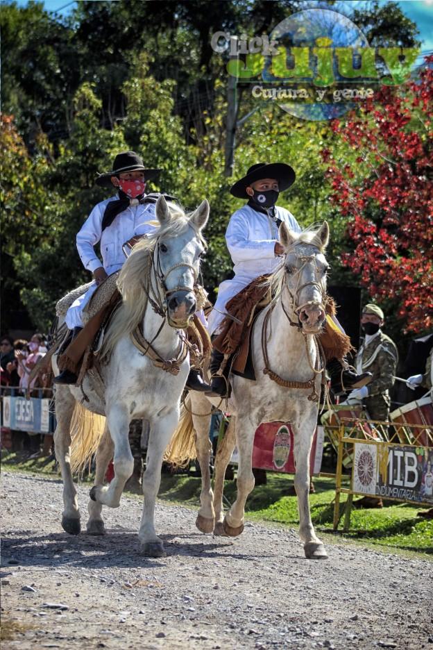 desfile-BICENTENARIO-DEL-DÍA-GRANDE-DE-JUJUY-58