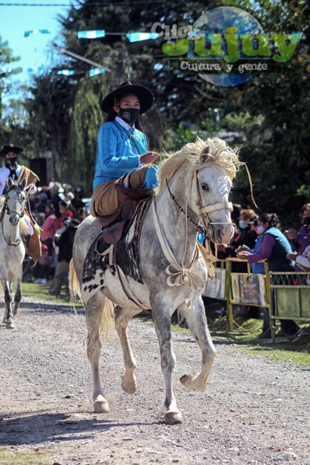 desfile-BICENTENARIO-DEL-DÍA-GRANDE-DE-JUJUY-62
