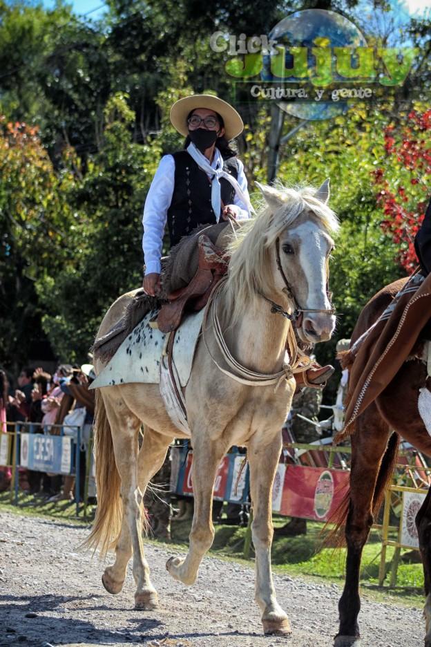 desfile-BICENTENARIO-DEL-DÍA-GRANDE-DE-JUJUY-65
