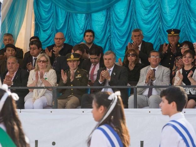 desfile-civico-en-honor-al-padre-de-la-patria_28338