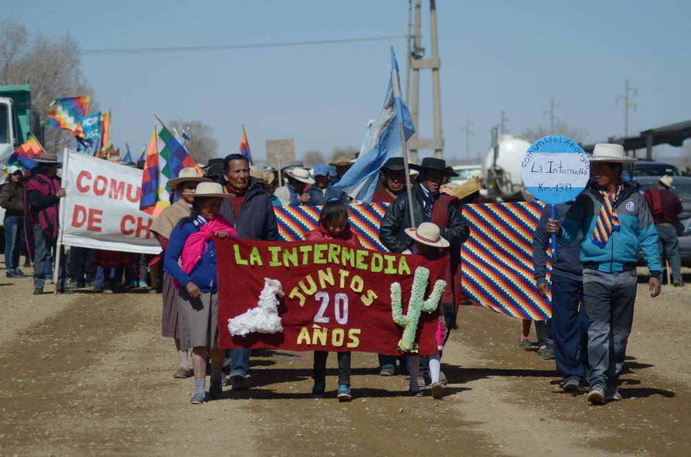 desfile de la comunidad de la intermedia