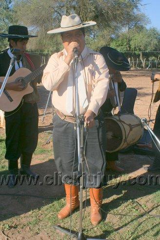 aniversario cebando mate pa los gauchos 2010 – hugo vargas 9