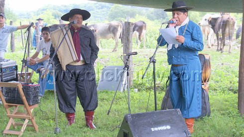 aniversario cebando mate pa los gauchos 2010 – hugo vargas 1