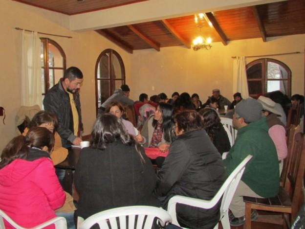 lic-marcelo-cosa-resp-de-prog-nuevos-lideres-culturales-de-la-sec-de-cultura-en-tumbaya-oriento-sobre-la-elab–proyectos-en-el-marco-cluster_26248