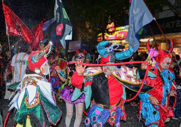 promocion-turistica-del-carnaval-en-villa-carlos-paz