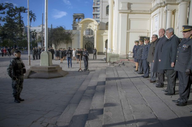 HAQUIM PRESIDIÓ ACTO POR EL 173° ANIVERSARIO  DE CREACIÓN DE LA POLICÍA DE LA PROVINCIA DE JUJUY